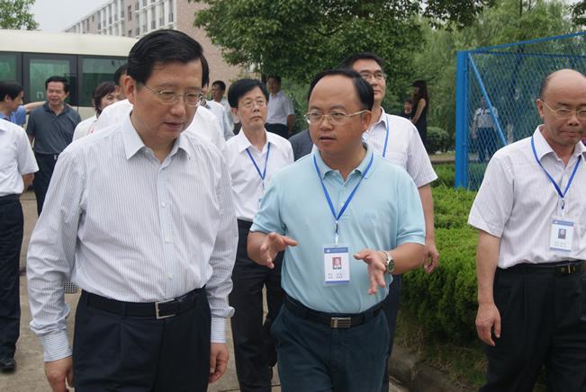 中共江西省委书记强卫莅临我院调研