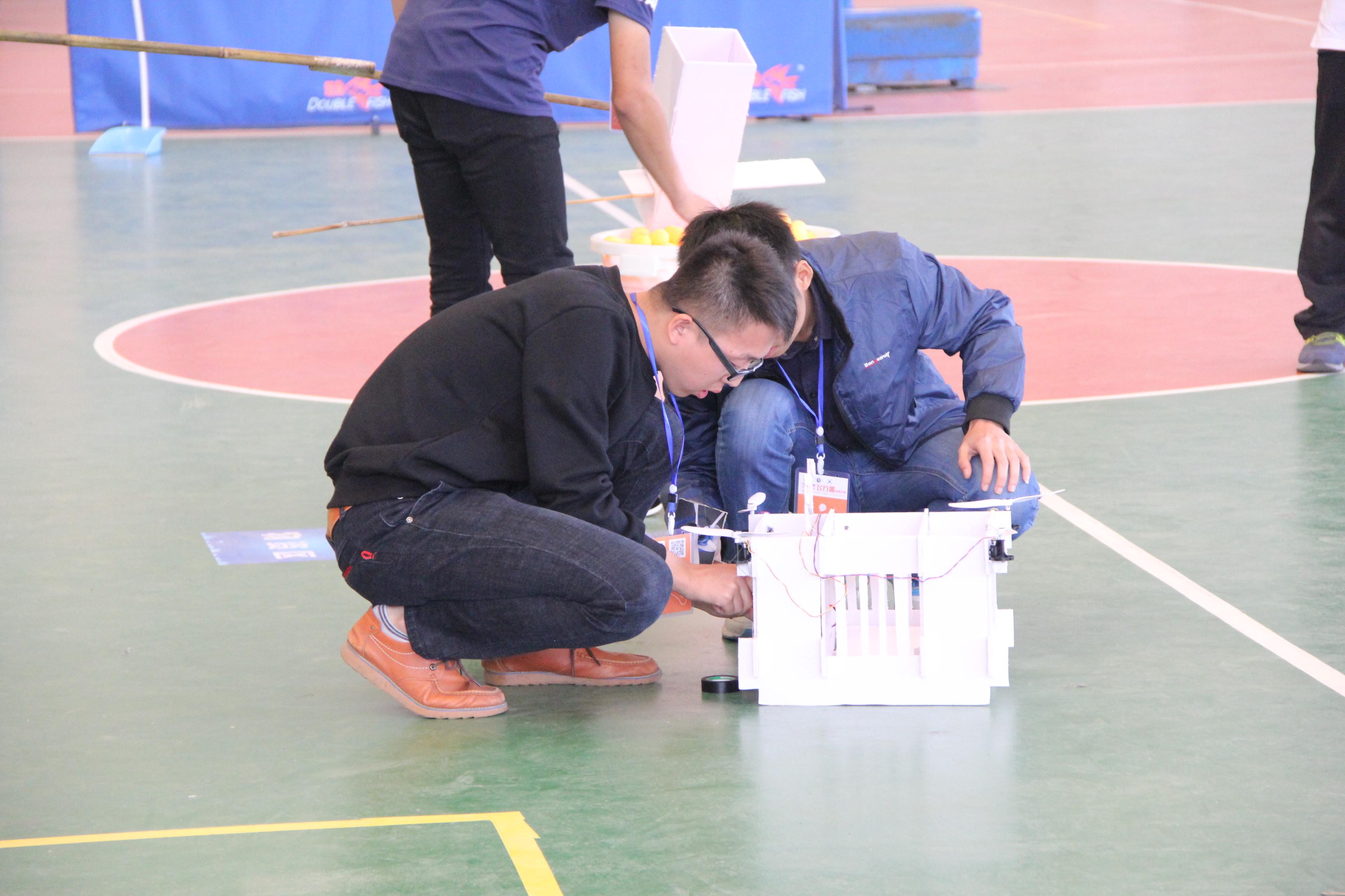 喜讯:我院在2016年江西省大学生无人飞行器应用技术大赛中获得佳绩